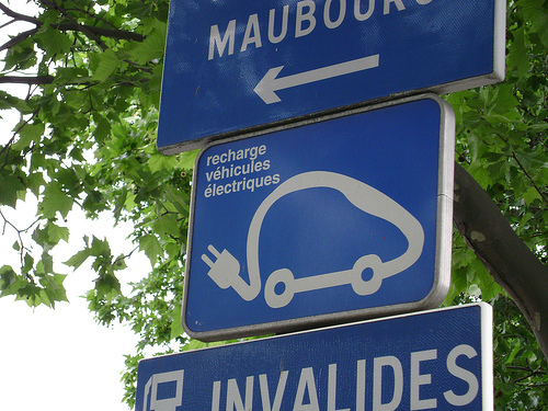 French electric car charging sign