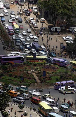Packed traffic circle in Nairobi